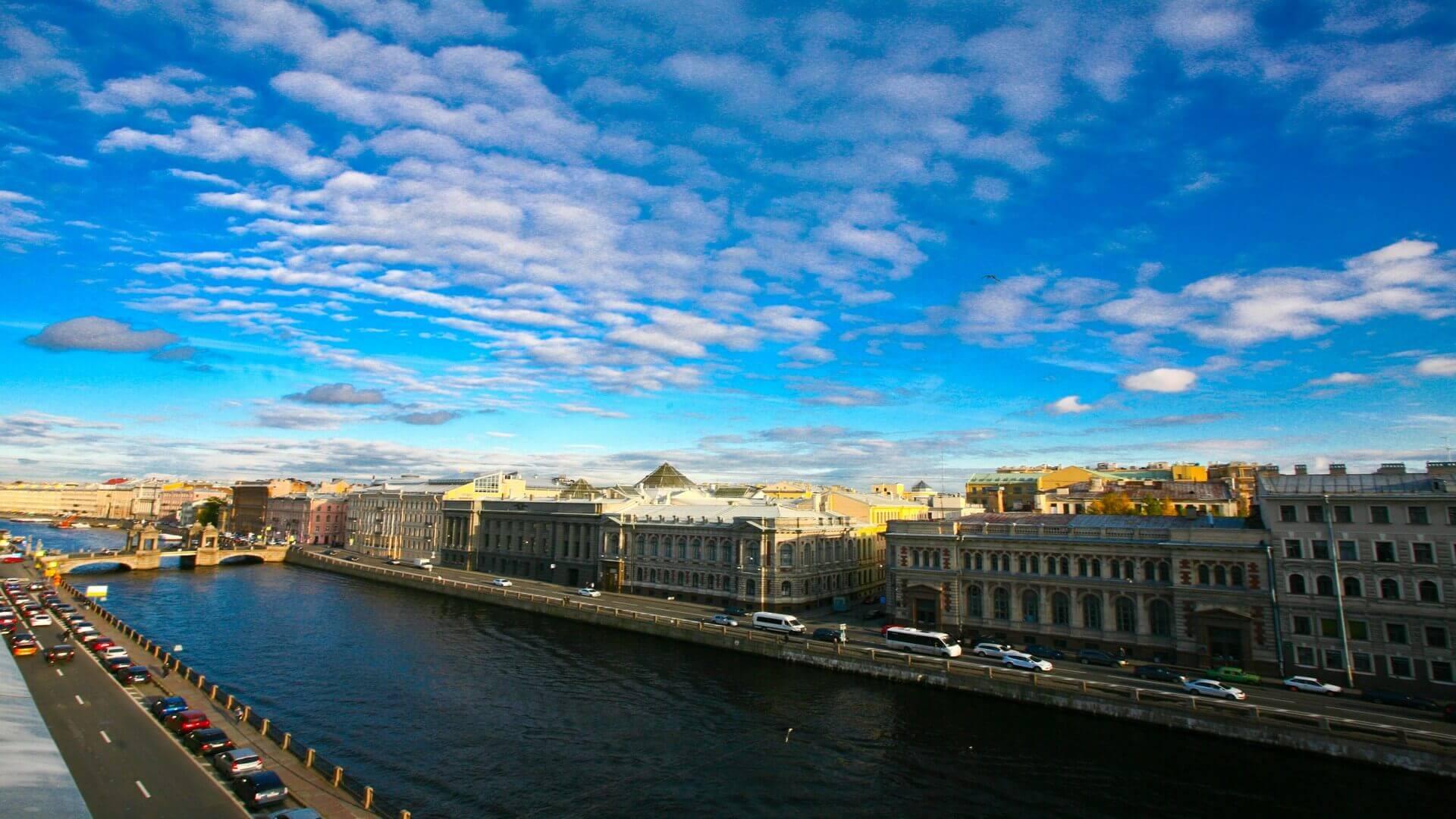 Санкт-Петербург - город-загадка.